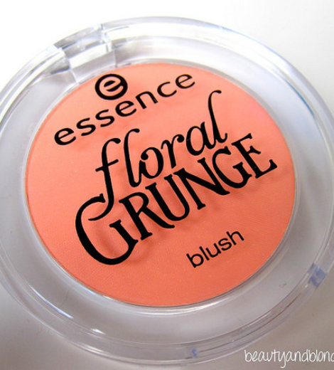 Floral Grunge: Be Flowerful Blush