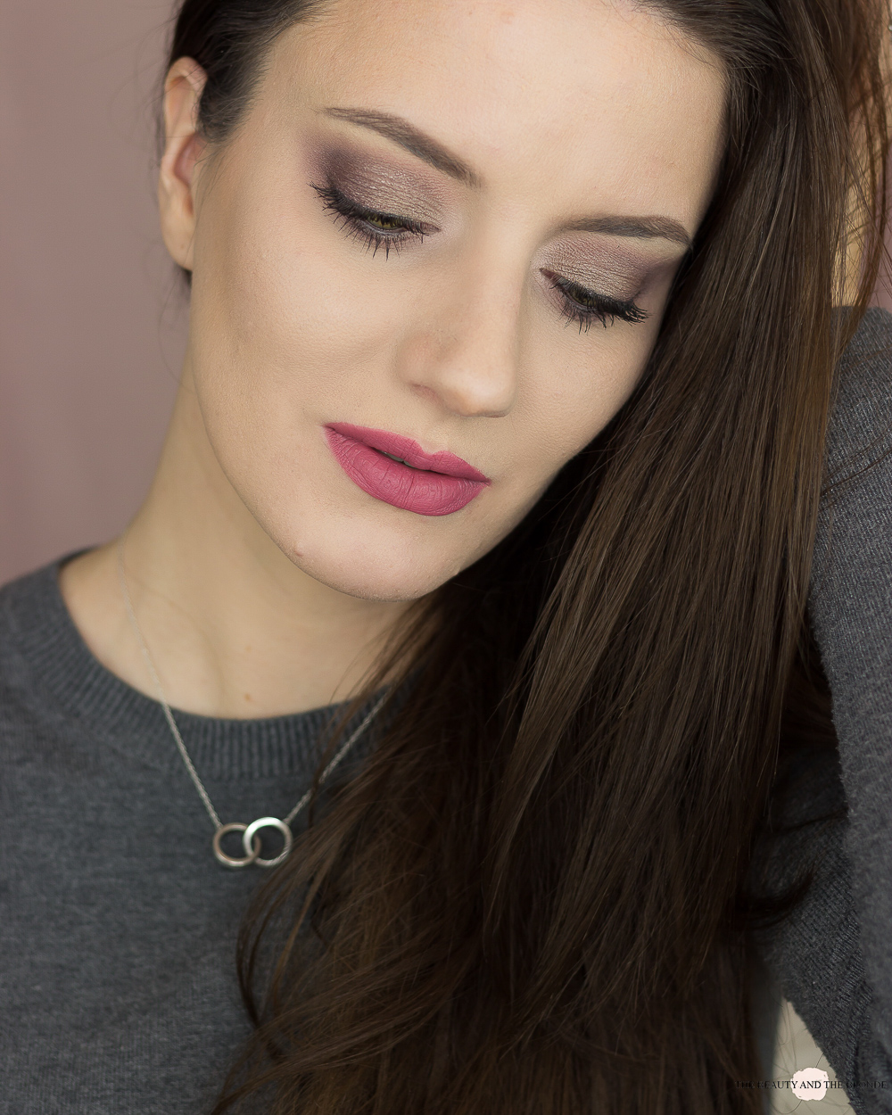 Catrice Superbia Vol. 2 Frosted Taupe Eyeshadow Palette Look Review Swatches