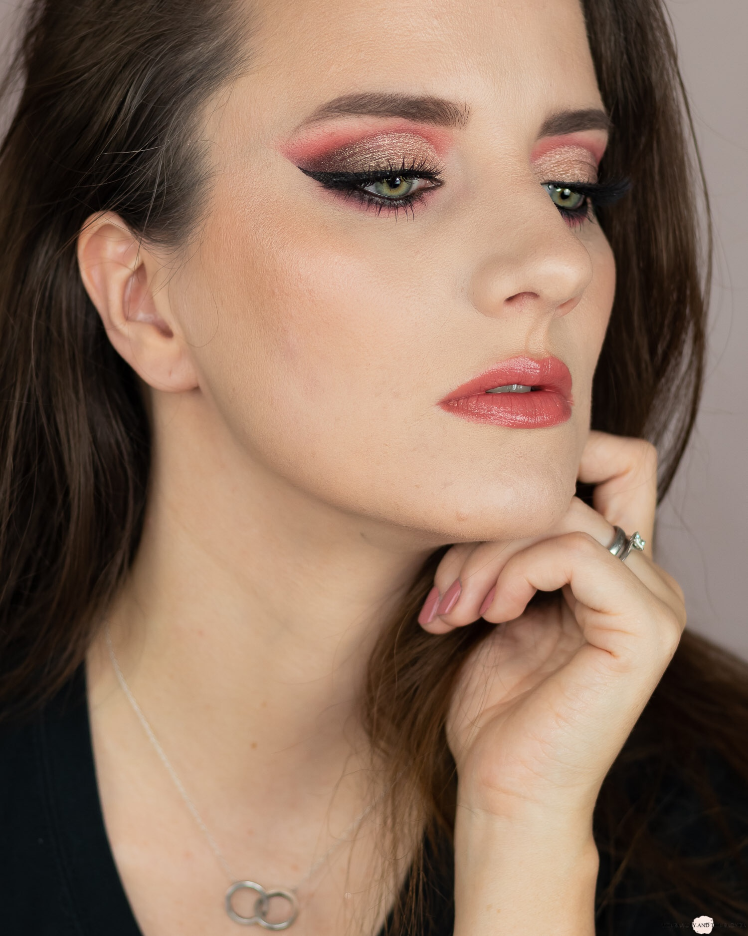 Catrice Orchid Dusk Palette Look