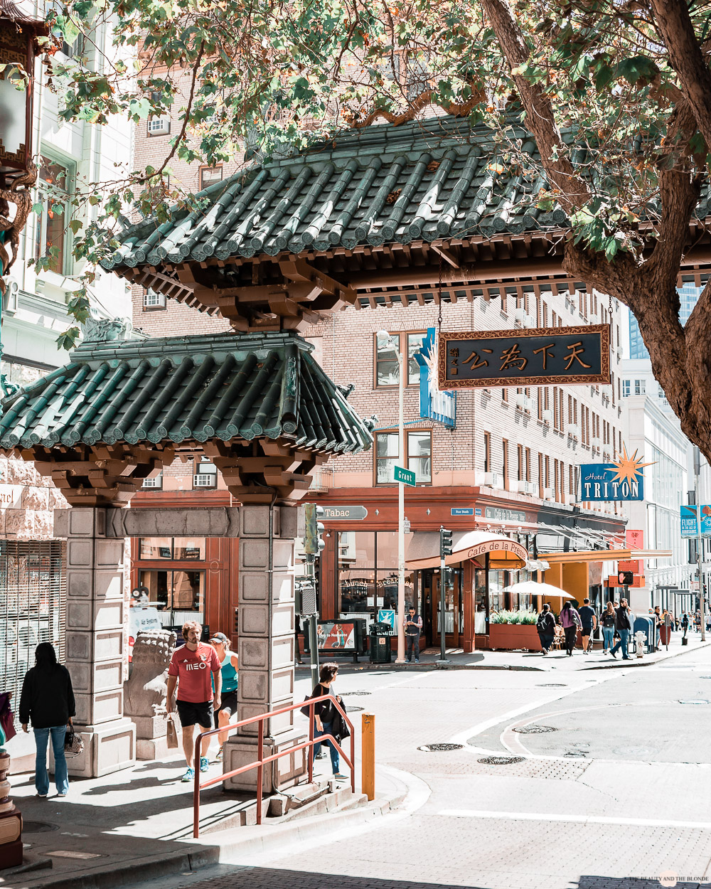 San Francisco China Town Dragon Gate