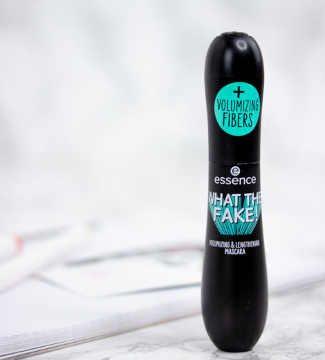 Mascara Monday: </br> essence what the fake! Mascara