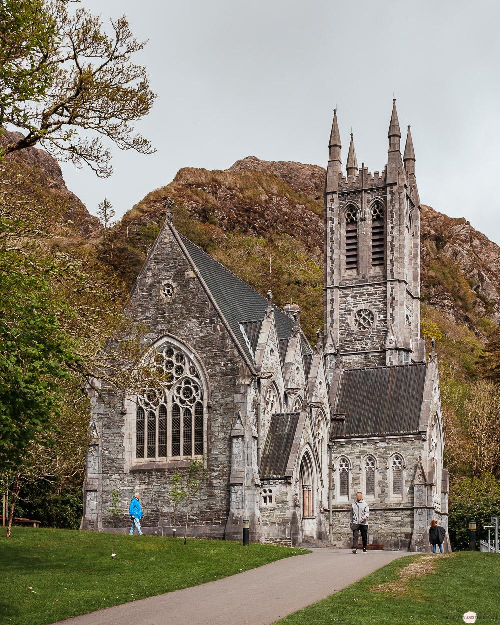 Kylemore Abbey Kirche Connemara Irland