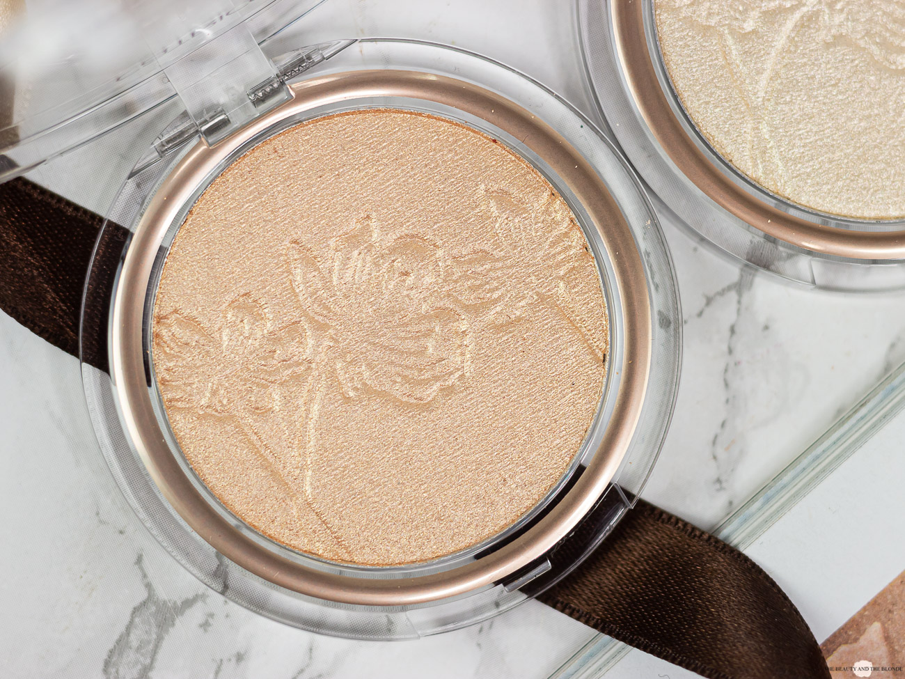 Catrice More Than Glow Highlighter Beyond Golden Glow