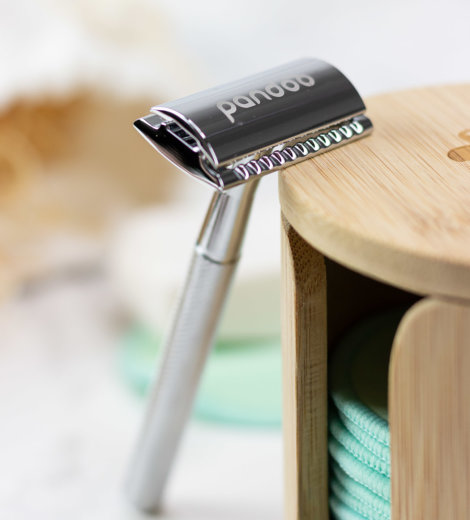 Plastikfrei rasieren mit dem </br> Rasierhobel von pandoo